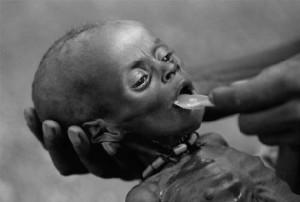 https://ajdourado.files.wordpress.com/2011/10/fome-em-africa.jpg?w=300